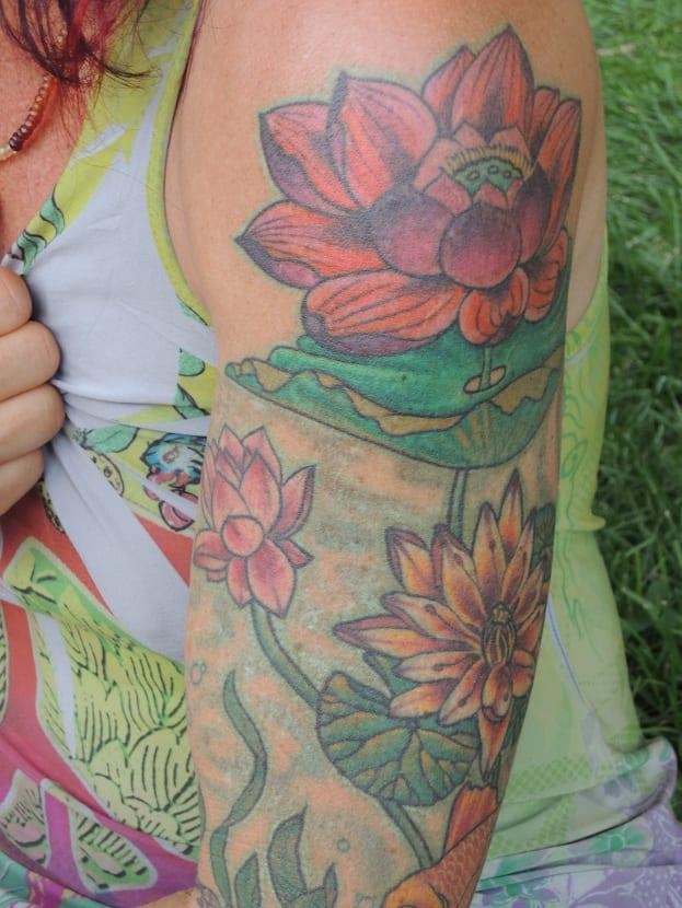 Tatuaje flores de loto