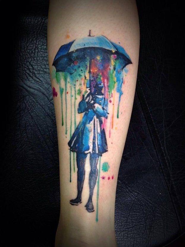 Tatuaje acuarela paraguas