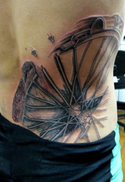 Tatuaje rueda bici