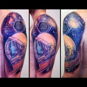 Tatuaje espacial astronauta