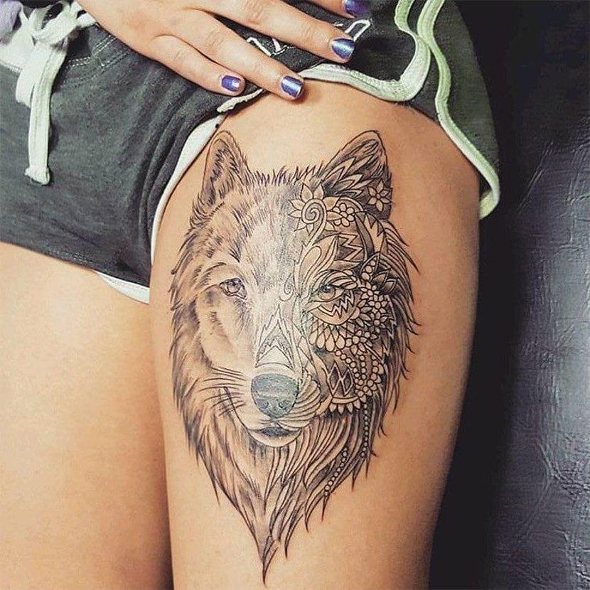Tatuaje lobo mandala pierna