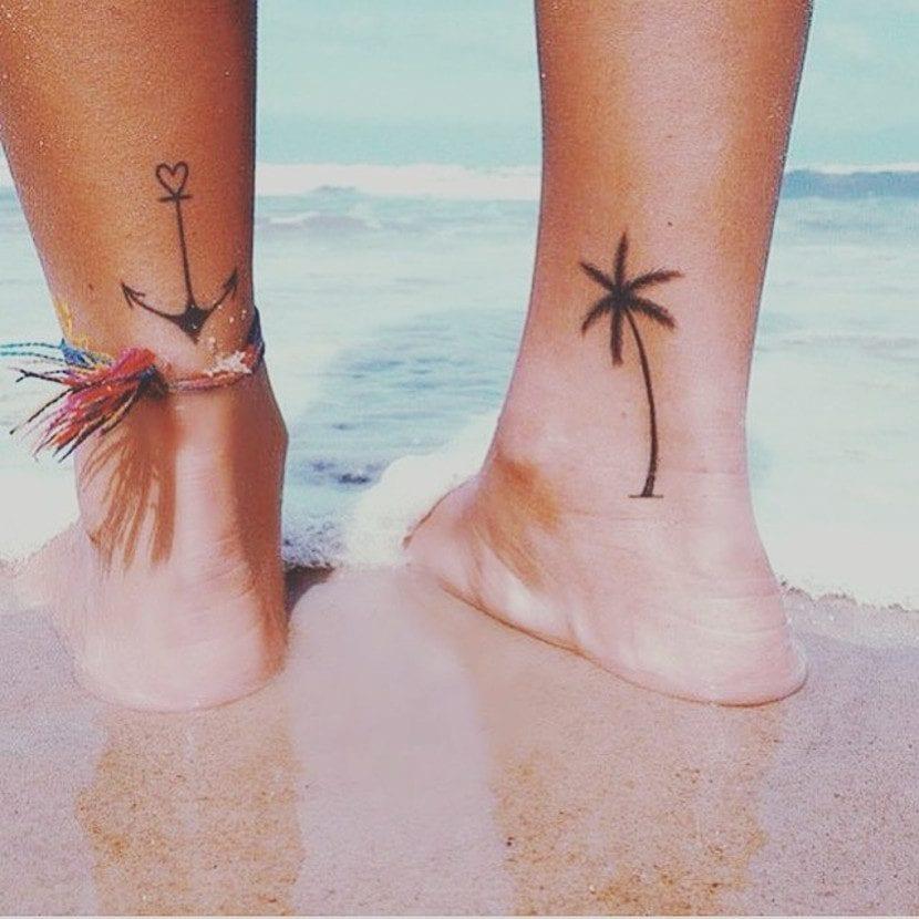 Tatuaje ancla palmera