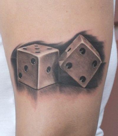 Tatuaje suerte dados