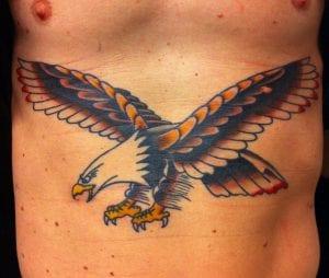 Tatuaje águila pecho
