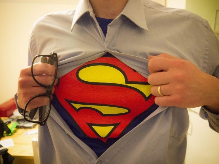 Hombre camiseta superman