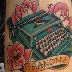 Tatuajes de máquinas de escribir