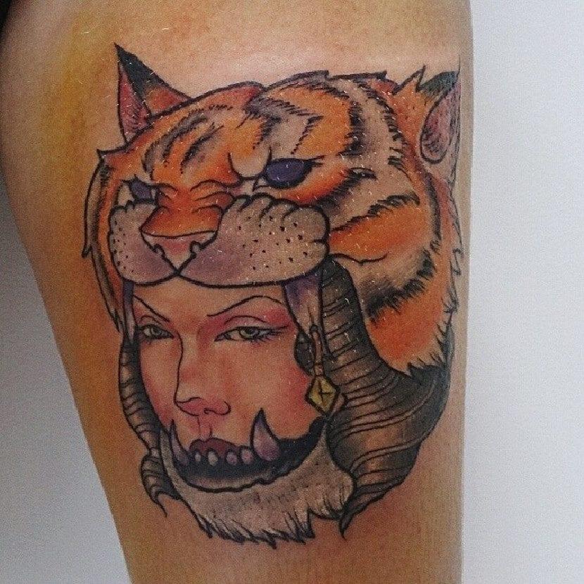Tatuajes guerreras cabeza tigre