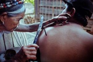 Tatuajes manbabatok espalda