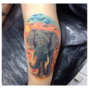 Tatuaje elefante realista