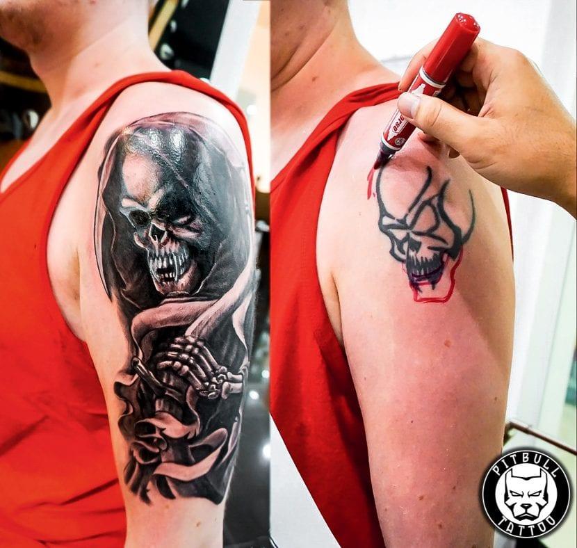 Tatuajes esqueletos brazo