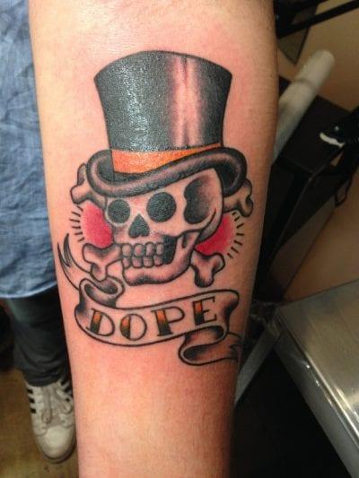 Tatuajes esqueletos sombrero