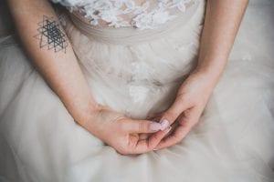 Tatuajes líneas brazo