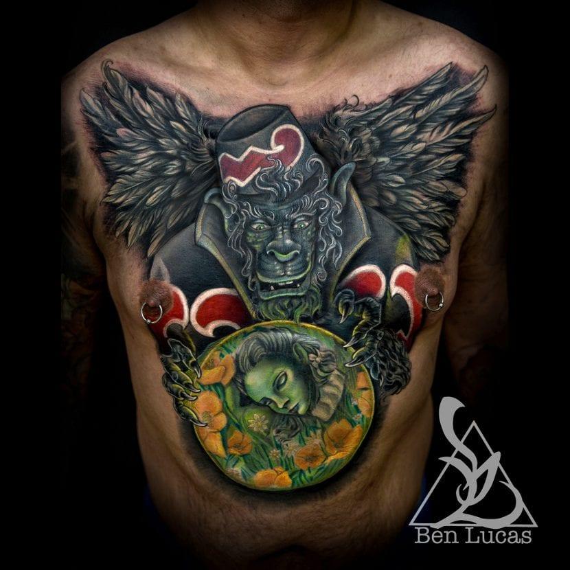 Tatuaje mono volador