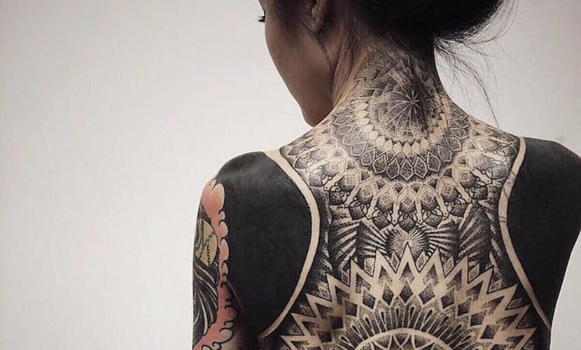 Los tatuajes se mueven