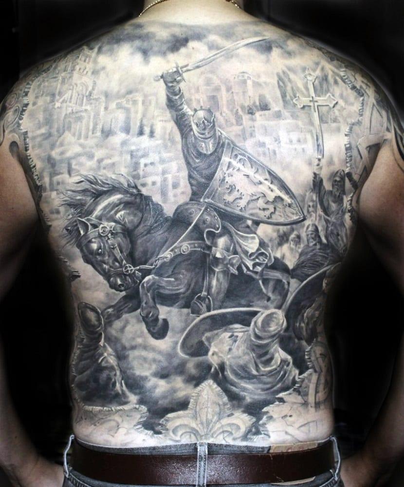 tatuajes que cubren toda la espalda