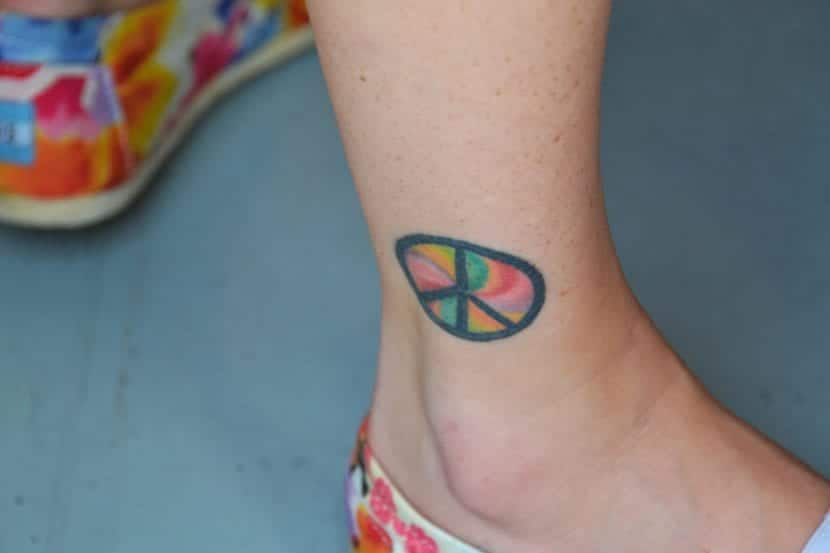 Tatuaje solidario paz