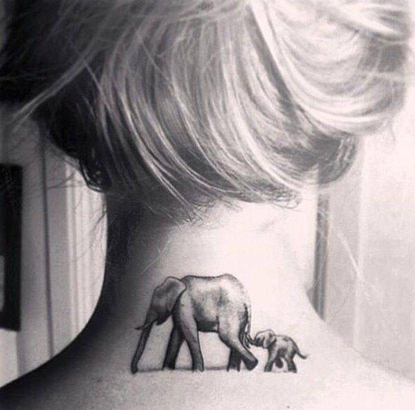Tatuajes de animales en el cuello elefante