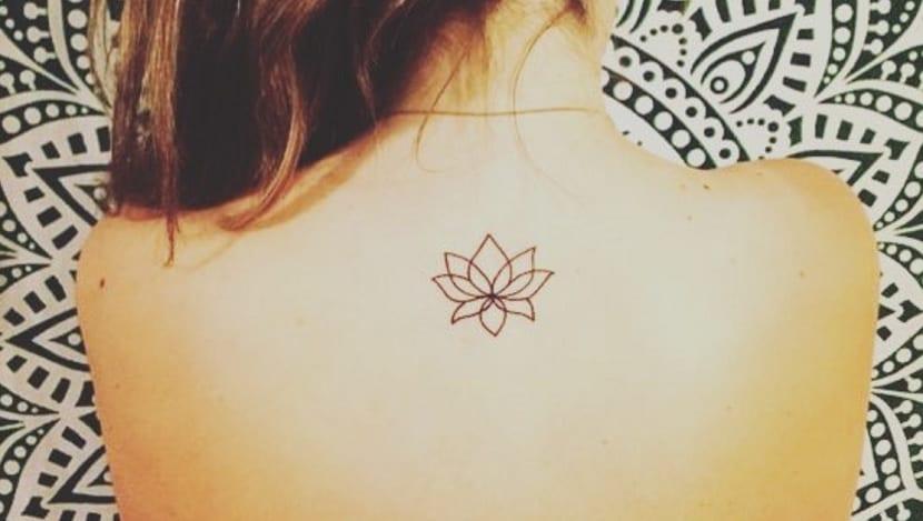 Tatuajes En La Espalda Pequeños Las Ideas Más Comunes