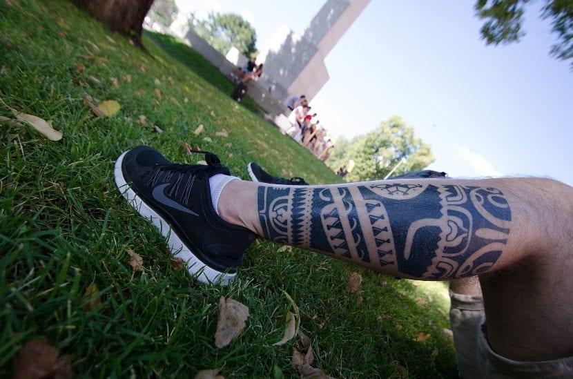 Tatuajes sin dolor pierna