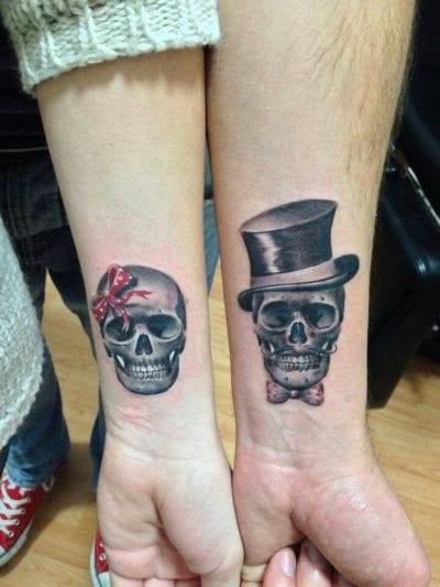 Tatuajes de calaveras realistas para parejas chistera