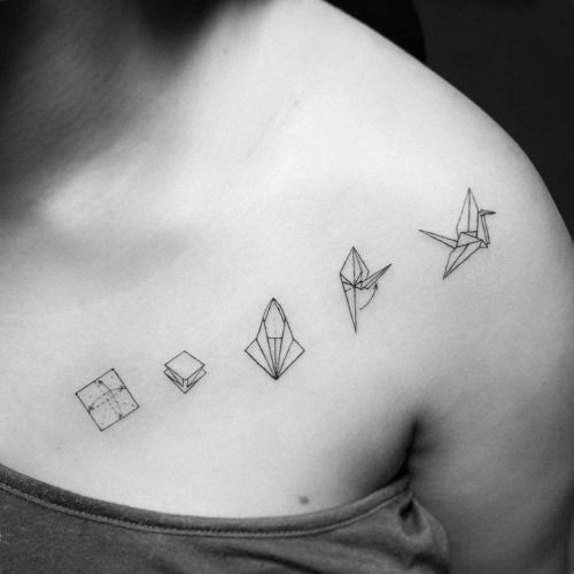 Tatuajes origami blanco y negro