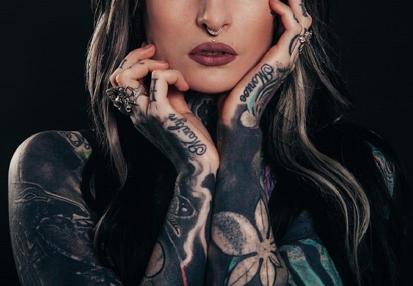 Tatuajes en la mano mujer