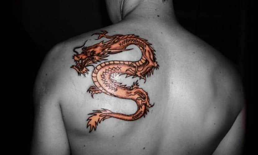 Tatuajes De Dragones En La Espalda Recopilación De Diseños