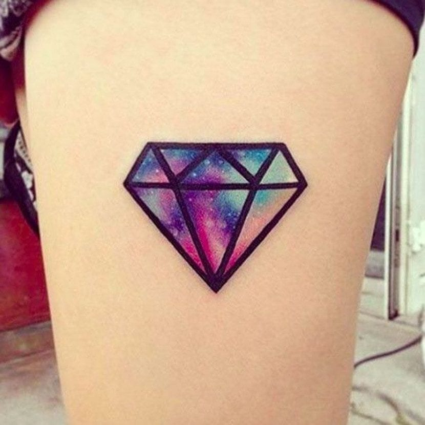 Tatuajes de diamante color