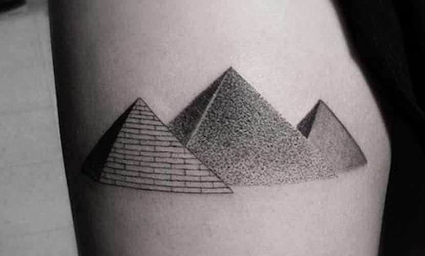 Tatuajes de pirámides