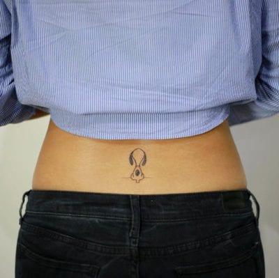 Tatuajes de Snoopy espalda