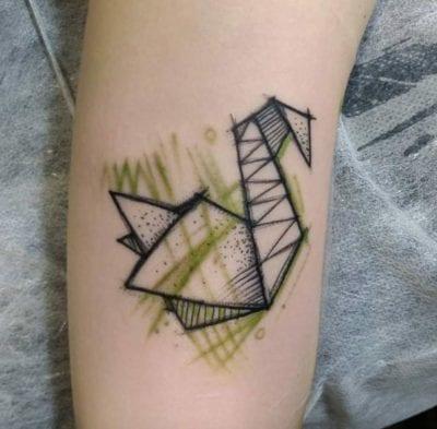 Tatuajes de cisnes sencillo