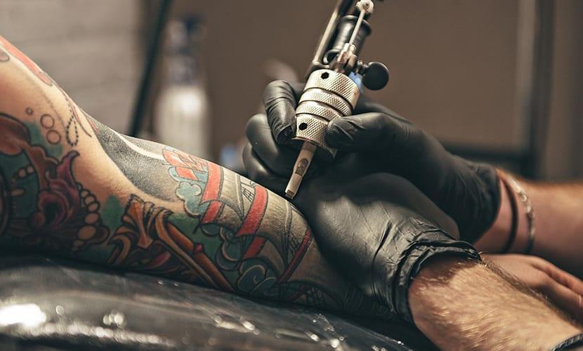 Tatuarse estando resfriado