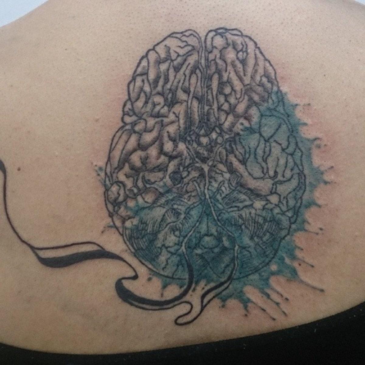 Tatuaje de cerebro solo