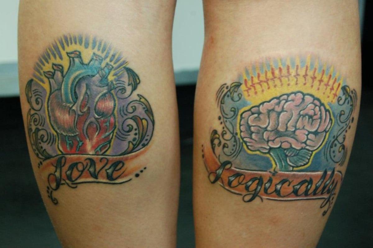 Dos tatuajes en uno, las palabras dejan claro el significado