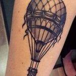 Tatuajes de globos en el brazo