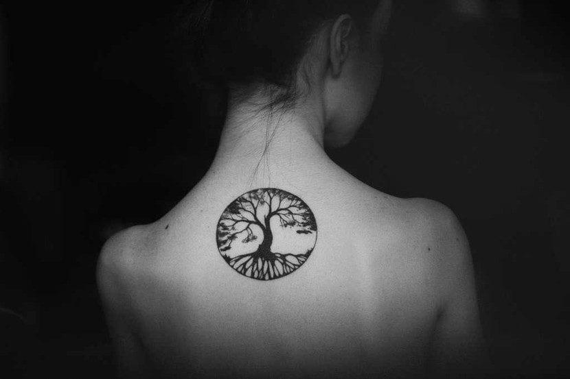 Tatuajes de árbol de la vida espalda