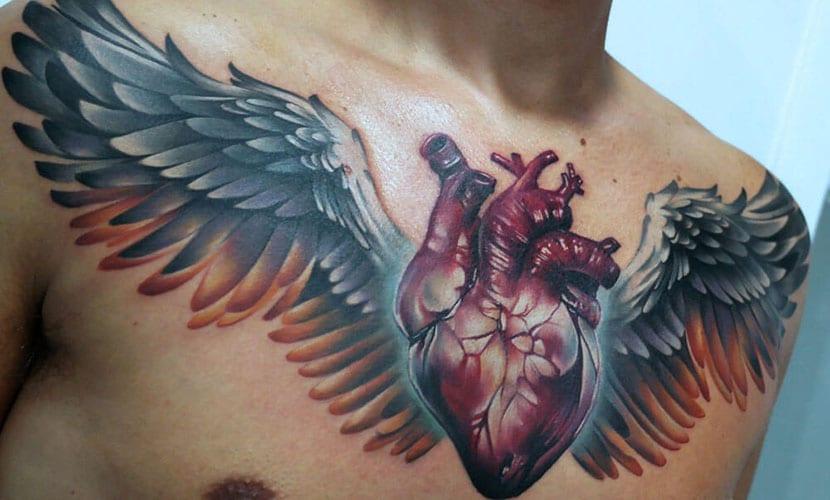 Tatuajes de corazones con alas