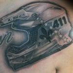 Tatuajes de cascos de moto
