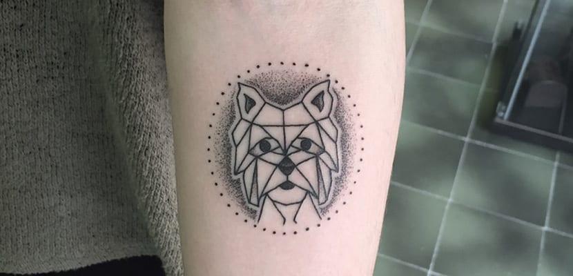 Tatuajes geométricos de perros