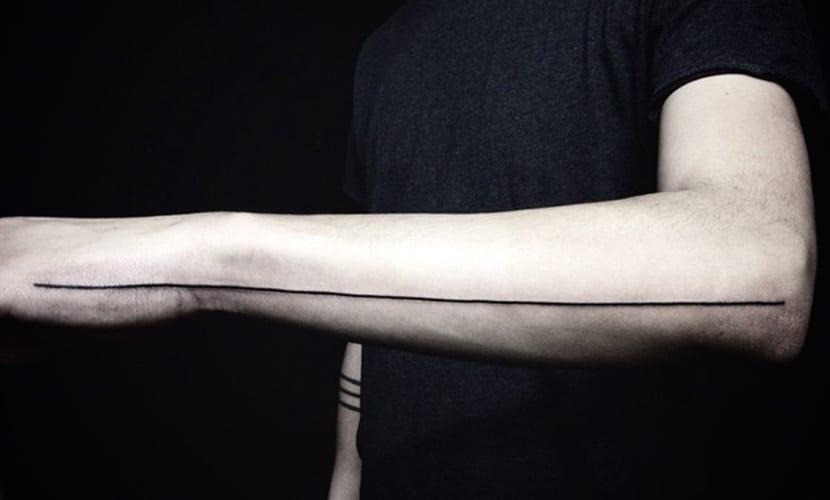 Tatuajes de líneas rectas