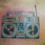Tatuajes de radio cassettes
