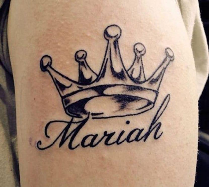 Tatuajes de coronas de rey con nombre