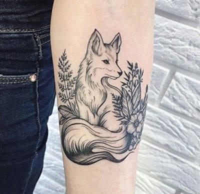 Tatuajes de zorro brazo