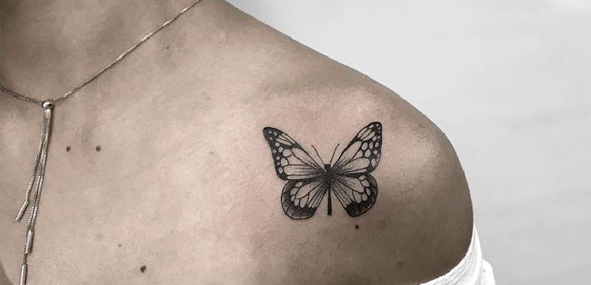 Mariposa en color negro