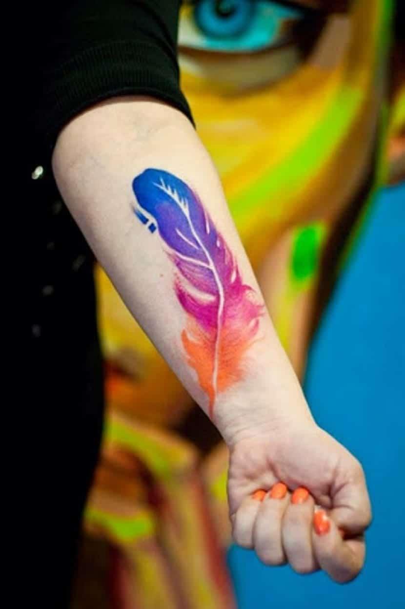 plumas en color