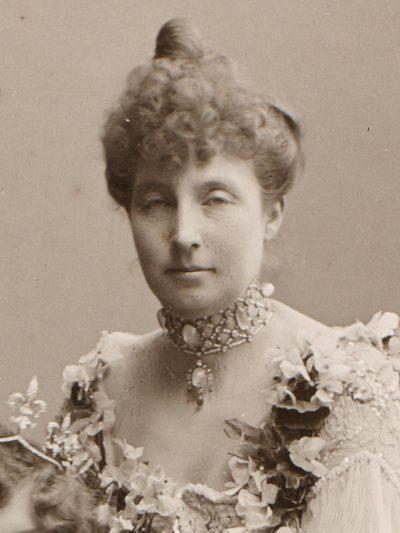 María de Orleans cara