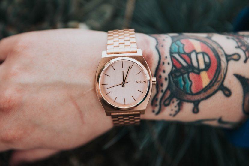 Tatuajes de Timón muñeca