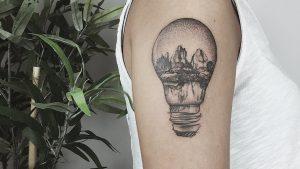 Tatuajes de bombillas