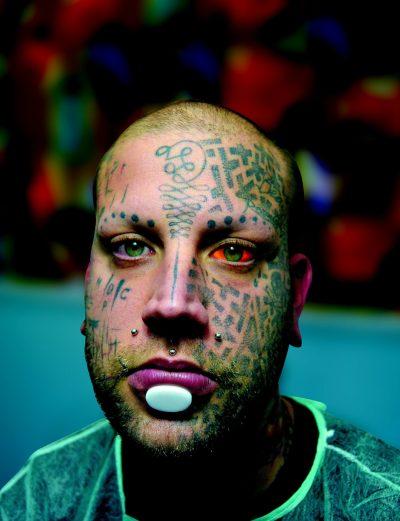 Tatuaje en la Frente Ahora