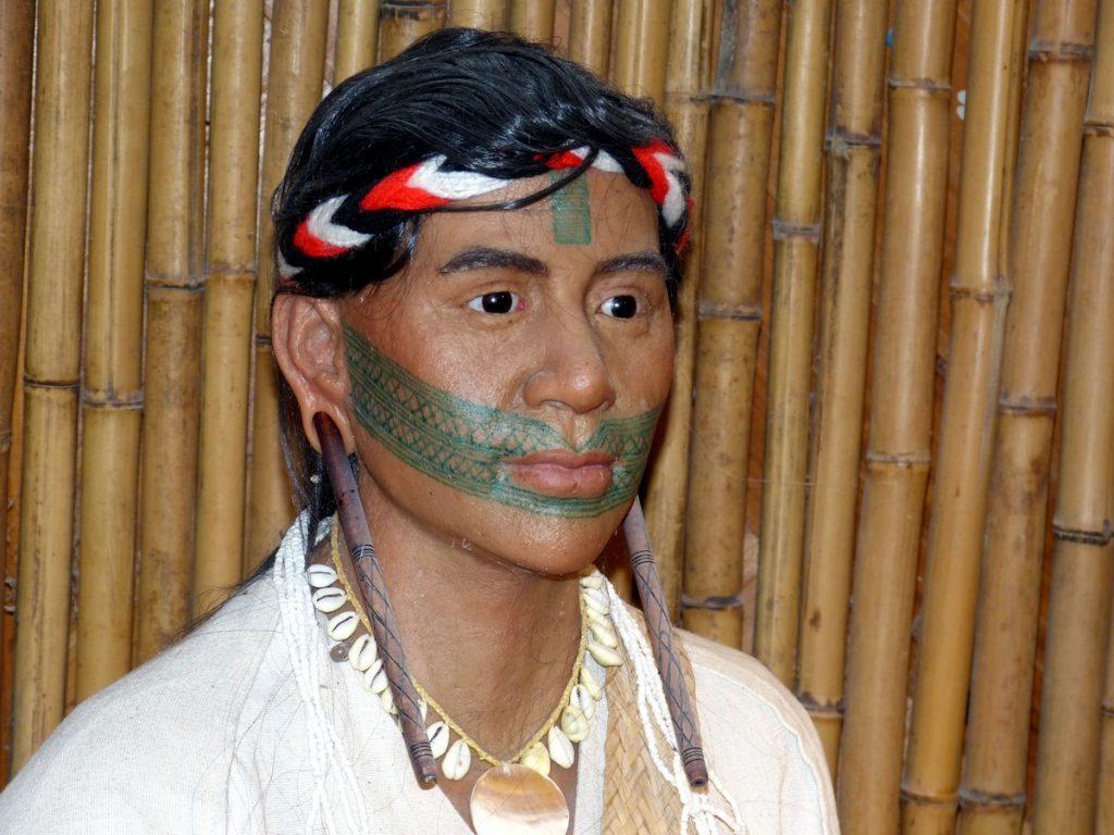 Tatuaje en la Frente Tradicional